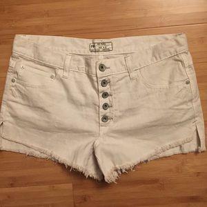 Free people white denim shorts (28)